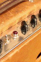 1957-Deluxe-Amp-TW2