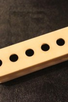 1960-1970's-Fender-ST-PU-COVER-01